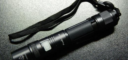 Обзор фонаря Fenix UC35 - secretsquirrel.com.ua