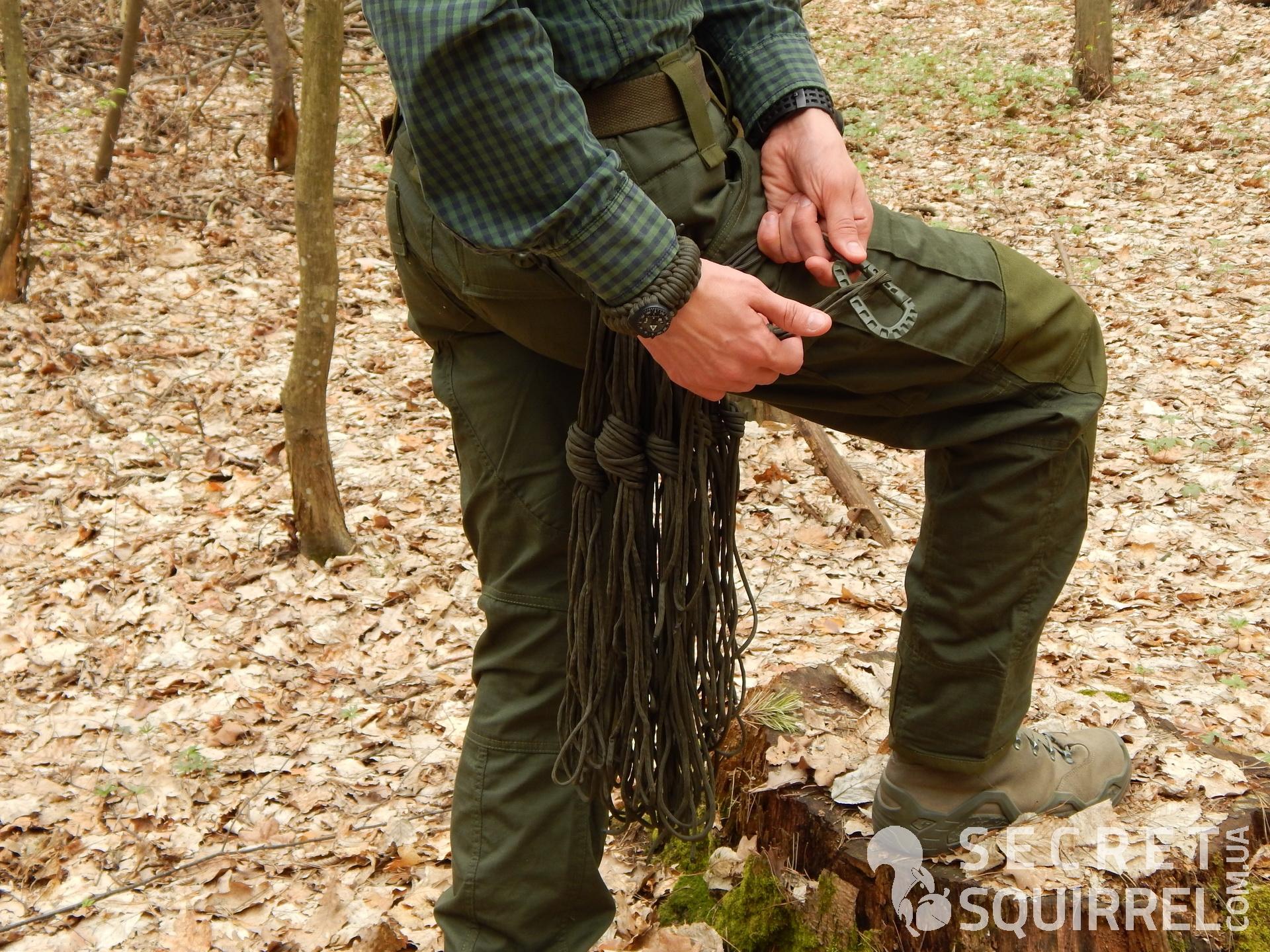 веревка достаточной длины: